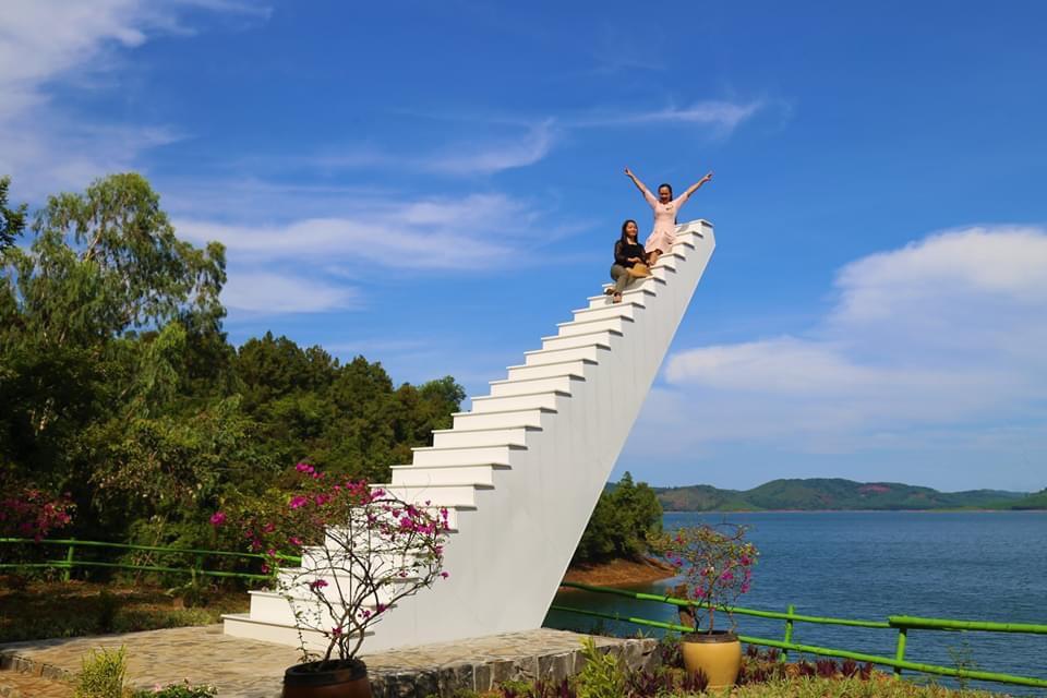 Điểm check in mới tại Hồ Phú Ninh